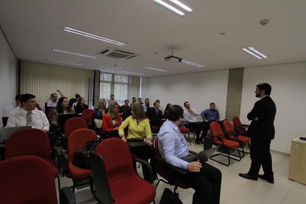 Aulas do curso de Pós-Graduação – Out/2014