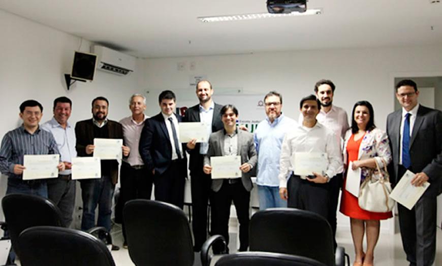 Alunos do convênio IDH-PUC Rio – EJUD-MS recebem certificado de conclusão