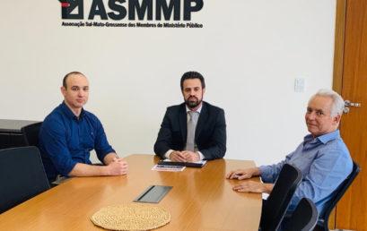 O Instituto de Direito e História de Campo Grande (IDH) renova parceria com a Associação Sul-Mato-Grossense dos Membros do Ministério Público (ASMMP).